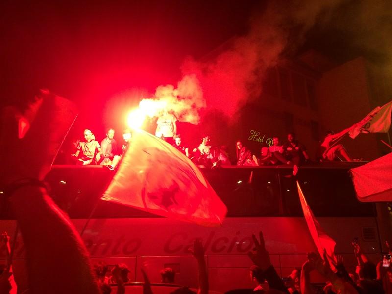 Tifosi Benevento - Festa serie A (39)