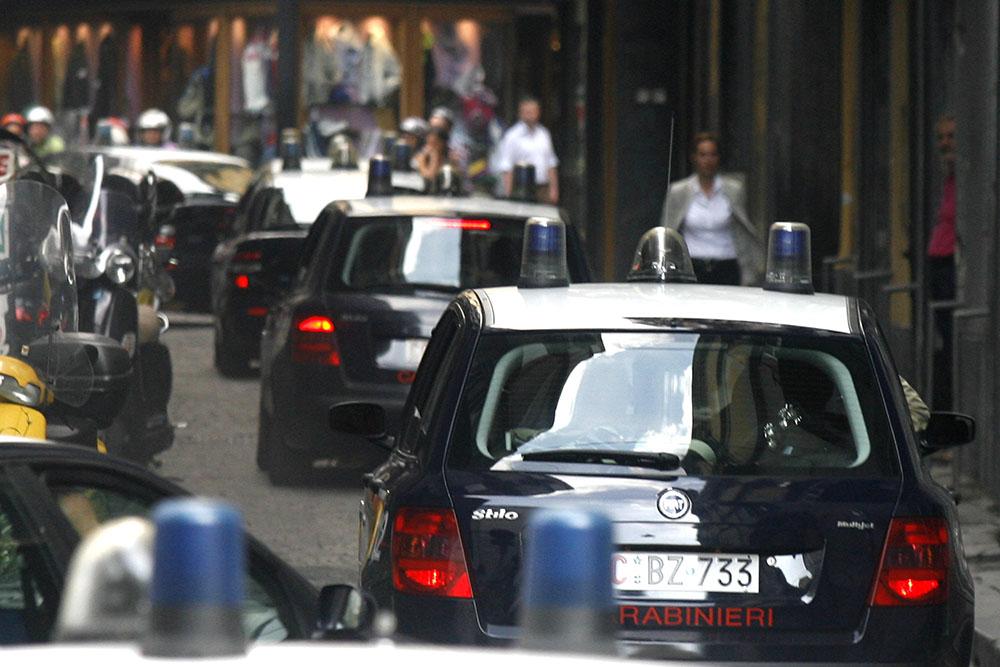 Sgominata banda di italiani e romeni: 15 arresti per furti di appartamenti