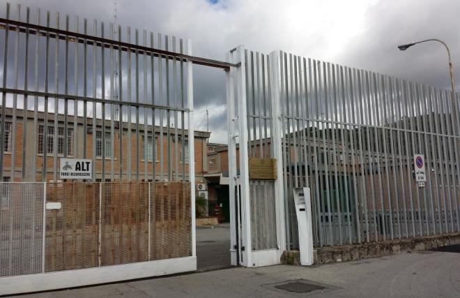 Tragedia nel carcere di Fuorni: detenuto trovato senza vita
