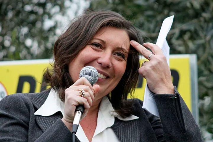 """Ciarambino: """"Con piani ospedalieri ridicoli, De Luca pretendeva soldi dal ministero"""""""