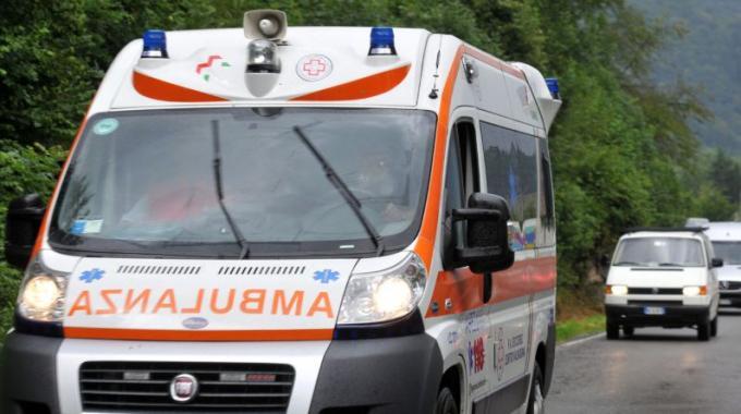 Caserta, incidente nella galleria della Reggia: un ferito e traffico deviato