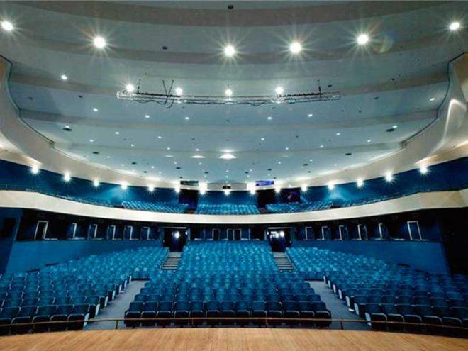 Teatro Gesualdo all'esame consiglio comunale: nuova conta sui debiti