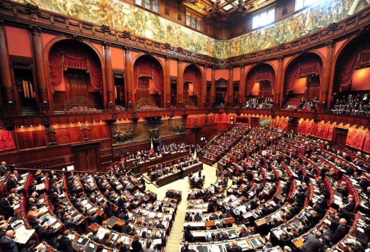 La Camera approva il taglio dei vitalizi