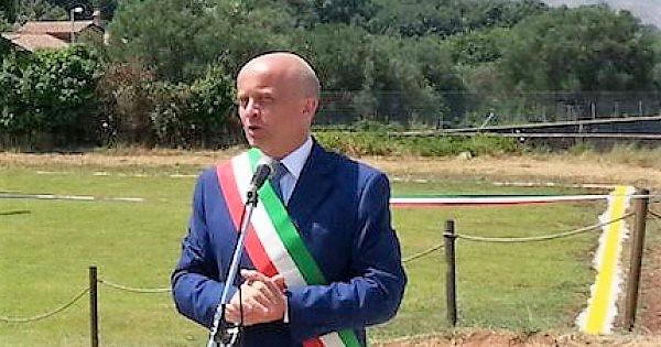 Assolto il sindaco di Vallo della Lucania. Antonio Aloia festeggia -  Anteprima24.it