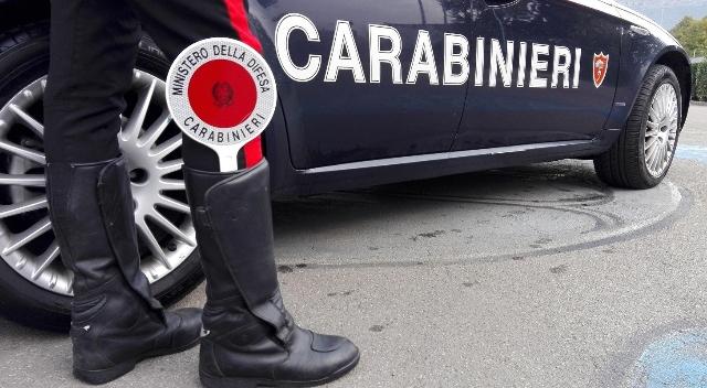 Evade due volte ma incontra sempre i carabinieri