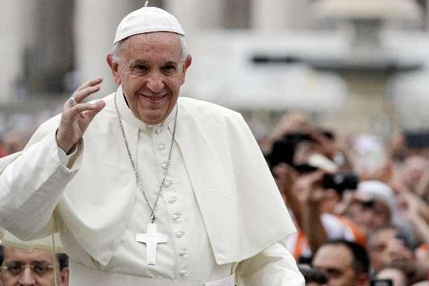 Papa Francesco a giugno torna a Napoli, l'annuncio dalla Santa Sede