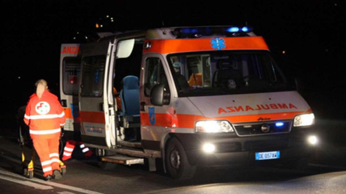 Tragedia in provincia di Salerno, 14enne cade dalla finestra e muore