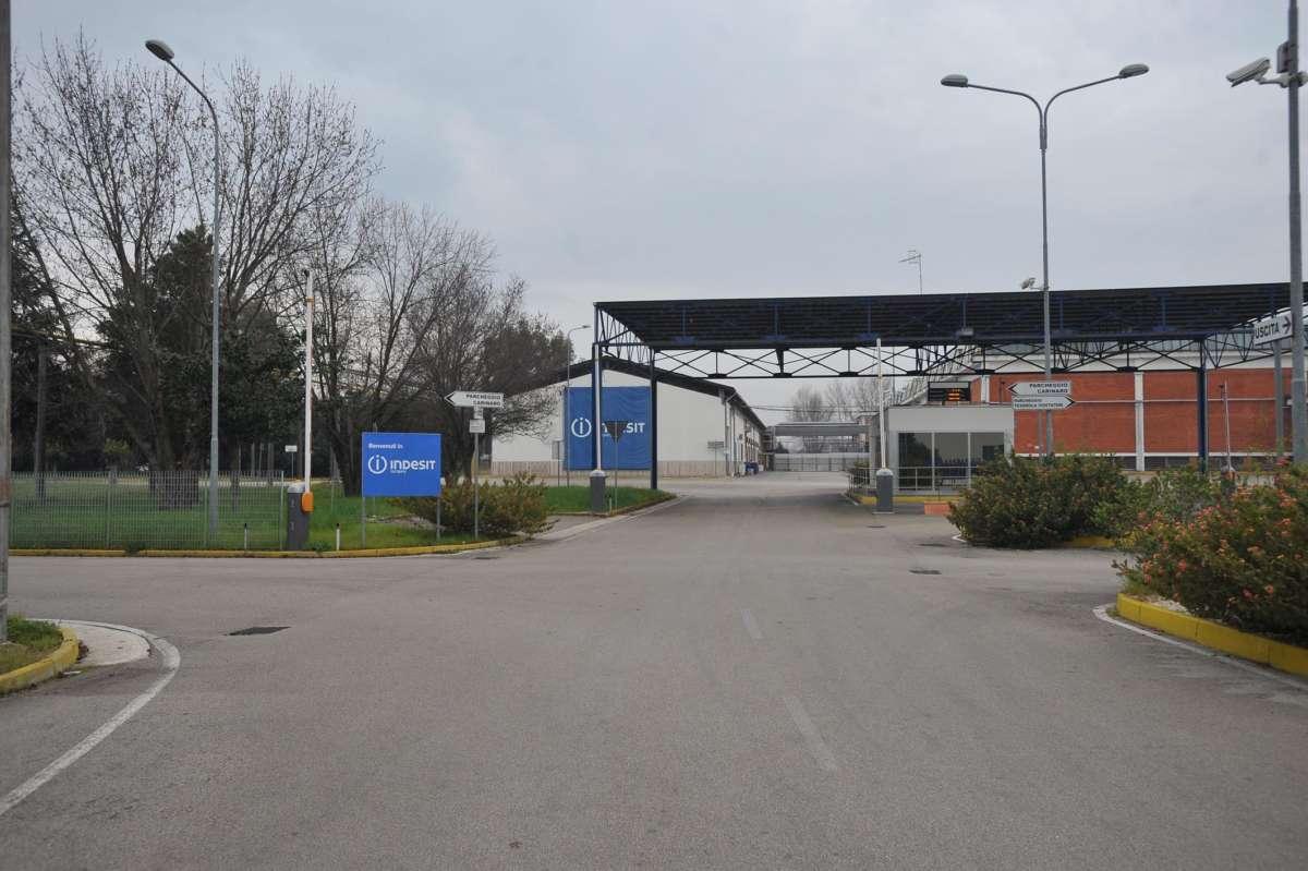 Riapre lo stabilimento ex Indesit di Teverola, investimento da 57 milioni