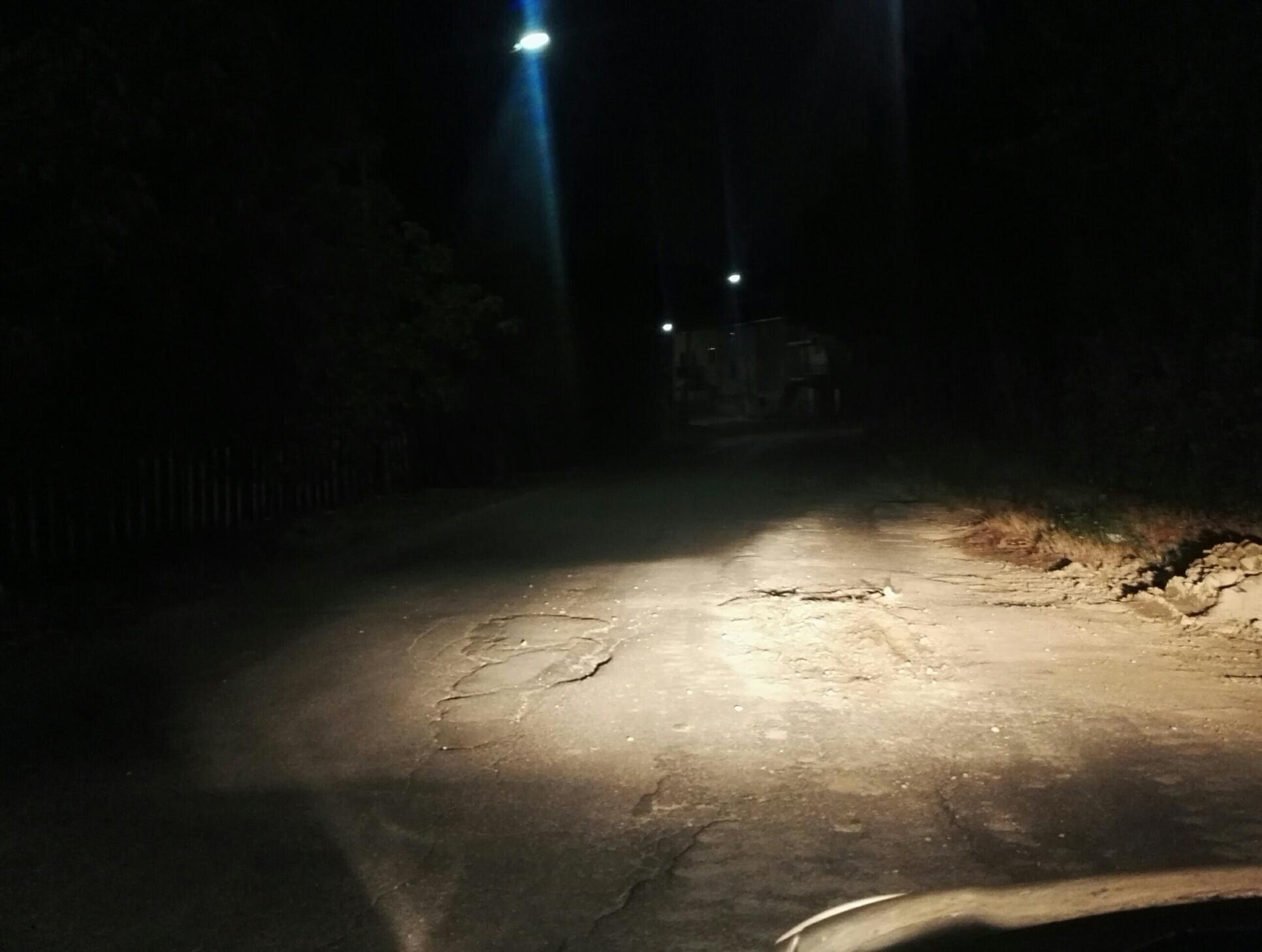Apollosa, strada pericolosa: la segnalazione di un cittadino