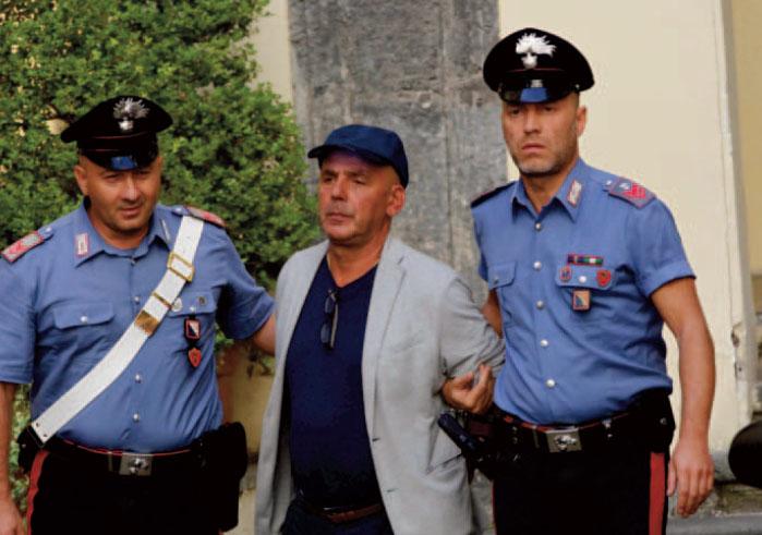 Cinque omicidi in venti minuti, così uccide la camorra a Napoli