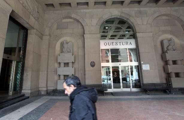 Arrestato, senegalese si impicca in questura a Bologna