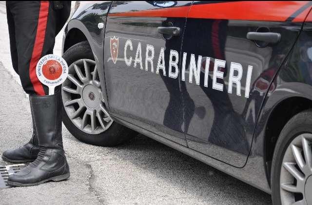 Stesa e molotov al centro di Napoli: guerra di camorra