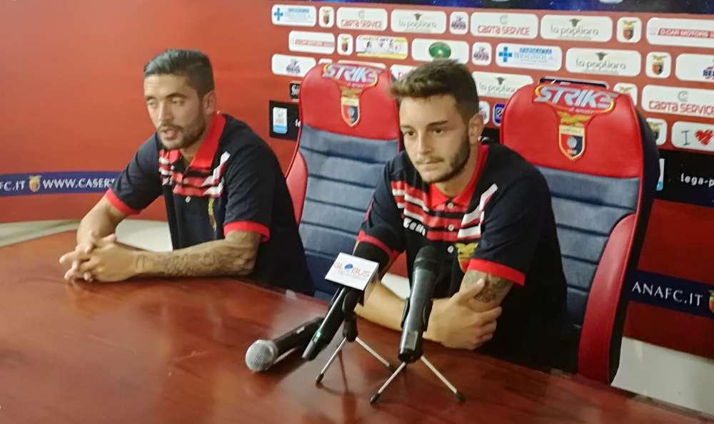"""De Marco scherza sul gol: """"L'ho toccata"""", De Rose: """"Se dice così, allora…"""""""