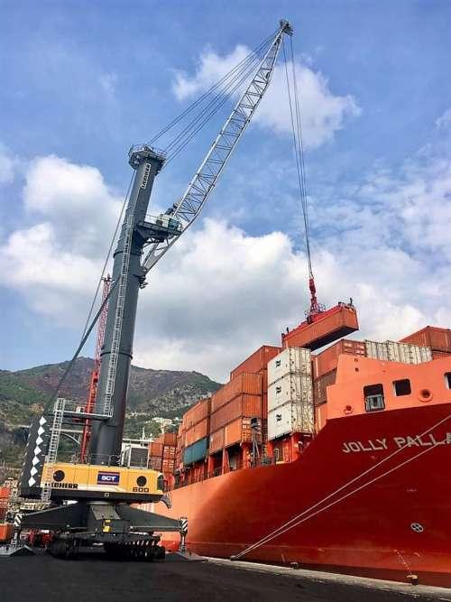 """Porto, container +13%; Gallozzi: """"Sì al gigantismo e alla sicurezza"""""""