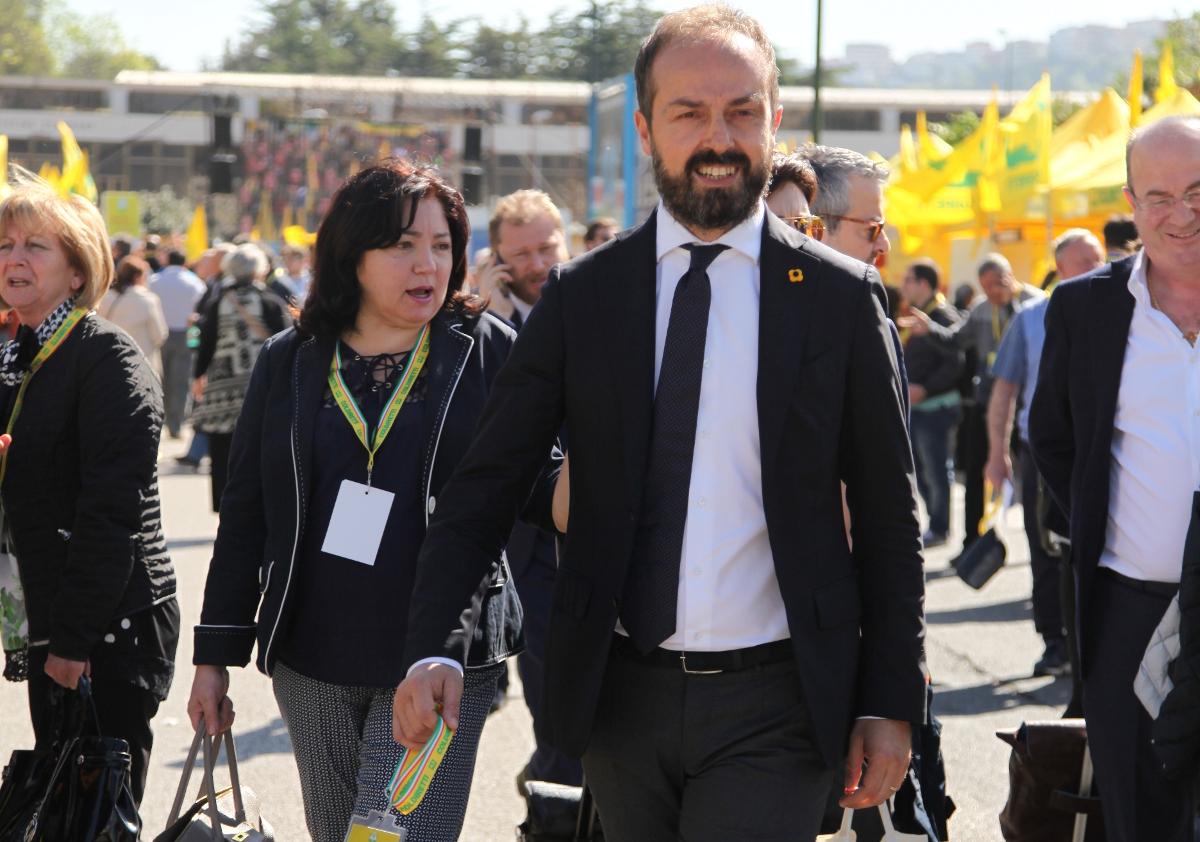 """Pioggia di richieste sul bando """"Progetto Integrato Giovani"""" per under 40"""