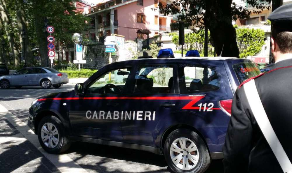Estorsioni e incendi di parchi eolici, cinque arresti in Irpinia