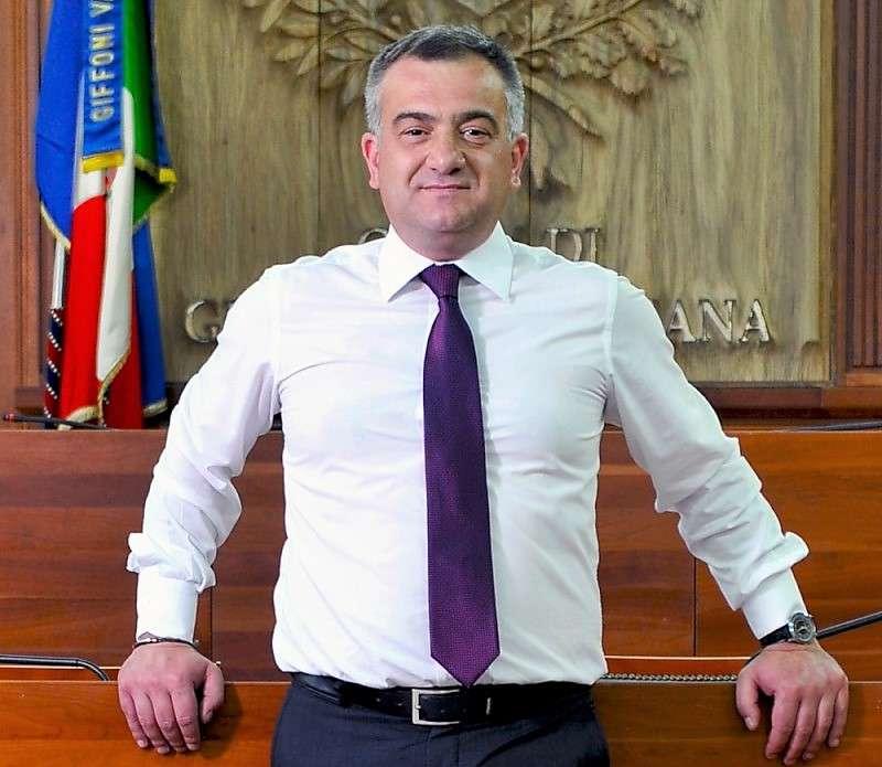 Giffoni, tasse addio: prestazioni di pubblica utilità per pagare Tasi, Tari, Imu