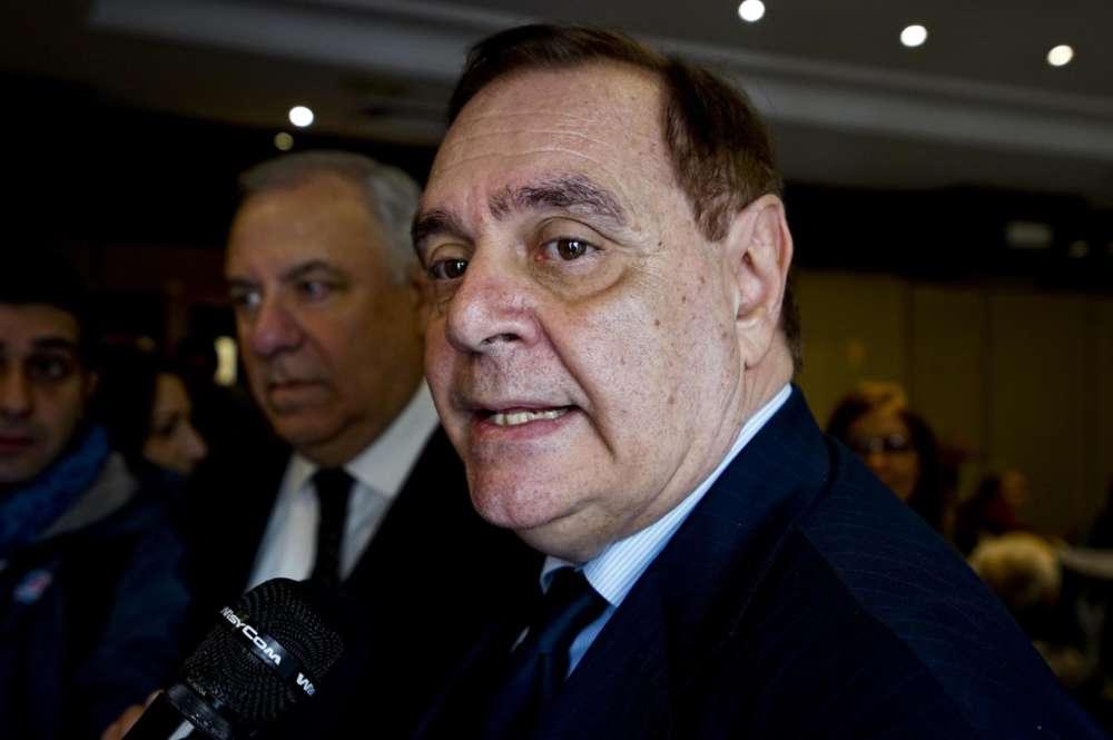 """Politiche, Mastella pronto a lanciare il figlio: """"A sinistra candidati mariti, mogli e padri"""""""