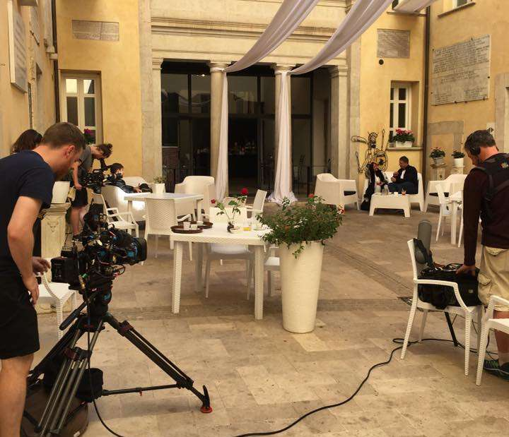 First Dates a Benevento, le riprese del reality girate al Caffè delle Streghe