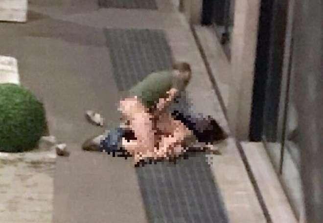 Sesso in strada, foto shock rimbalzano di telefonino in telefonino