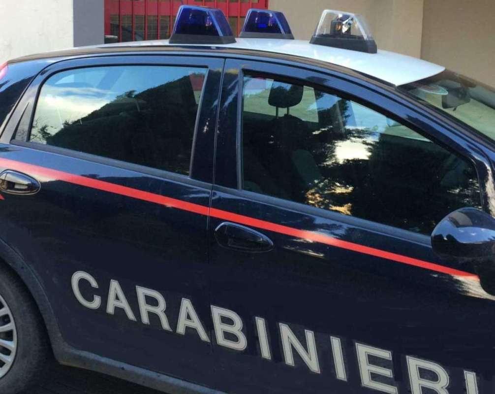 San Giovanni, esplode bomba carta: un morto e un ferito