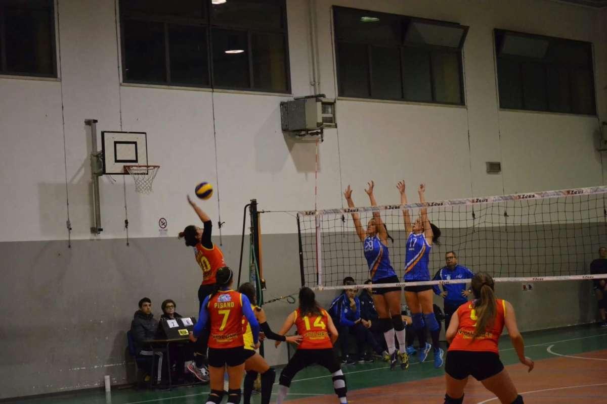 La Volare Benevento perde lo scontro diretto con l'Arzano Volley