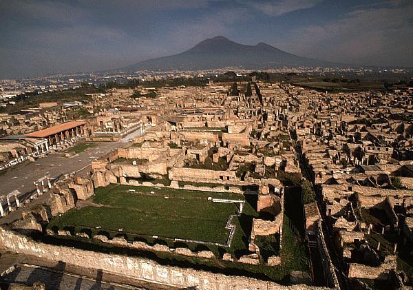 'Pompei e gli Etruschi', martedì la presentazione della mostra