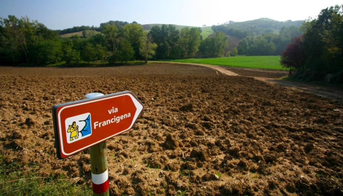 """Turismo slow: ecco l'atlante """"Cammini d'Italia"""", ma la Campania è in ritardo"""