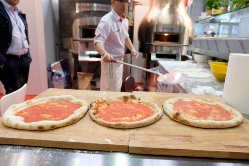 A Napoli contest #pizzaUnesco, dieci in gara