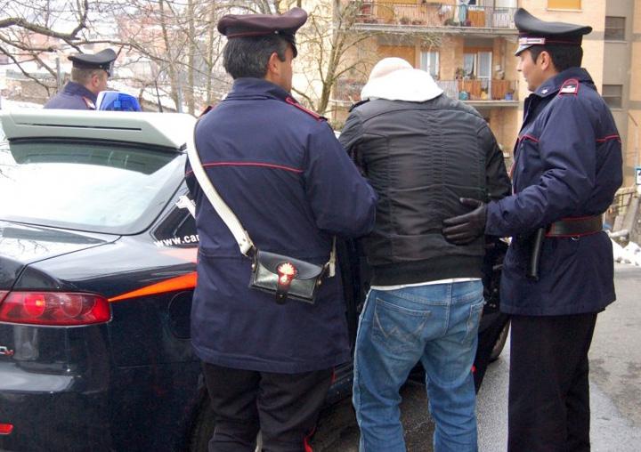Viola l\'obbligo di soggiorno, arrestato pluripregiudicato casertano