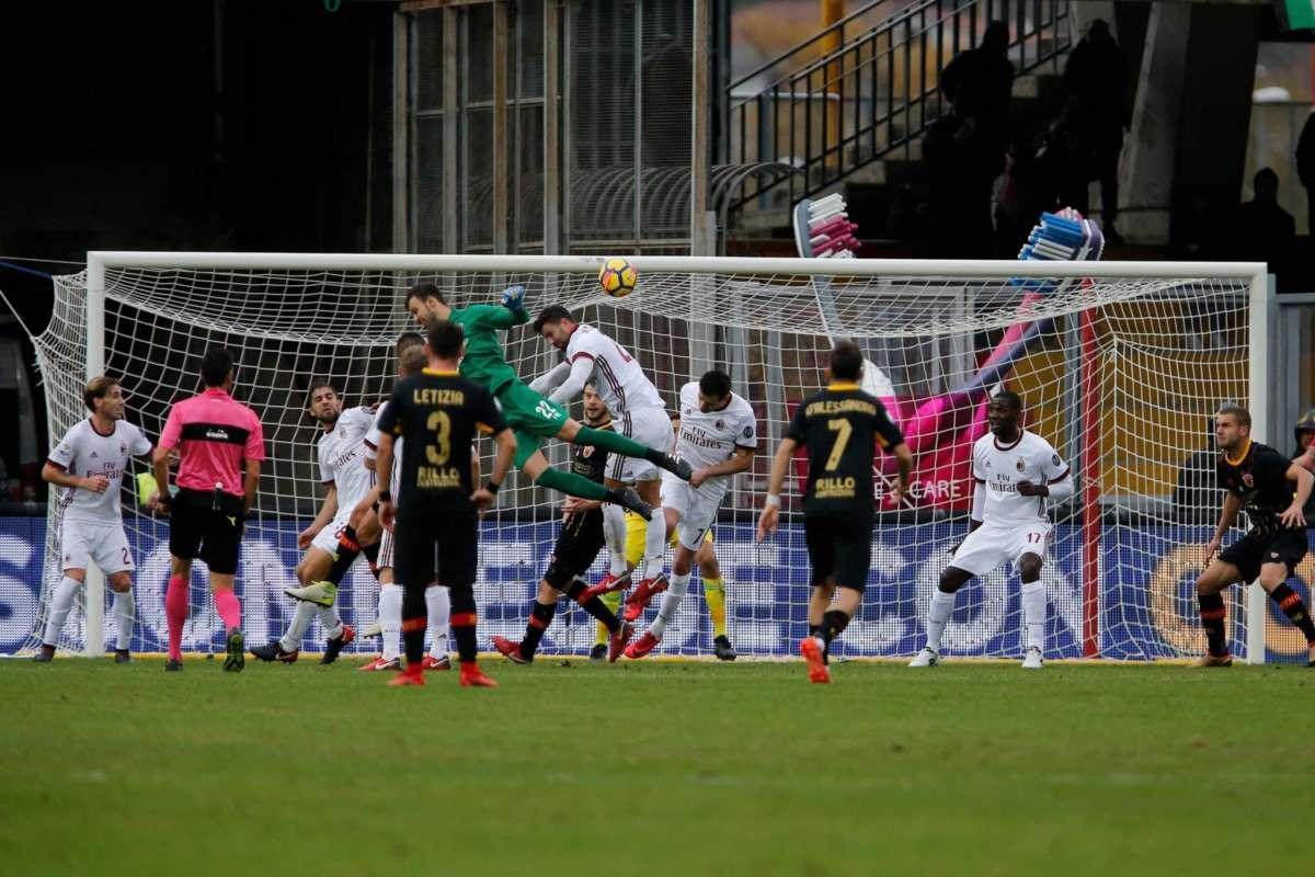 Il gol di Brignoli contro il Milan: il primo punto e un assegno da 7,5 milioni