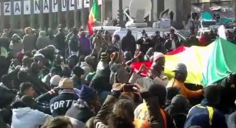 Napoli Manifestazione Per Dire No Al Razzismo Dopo I Fatti Di Macerata