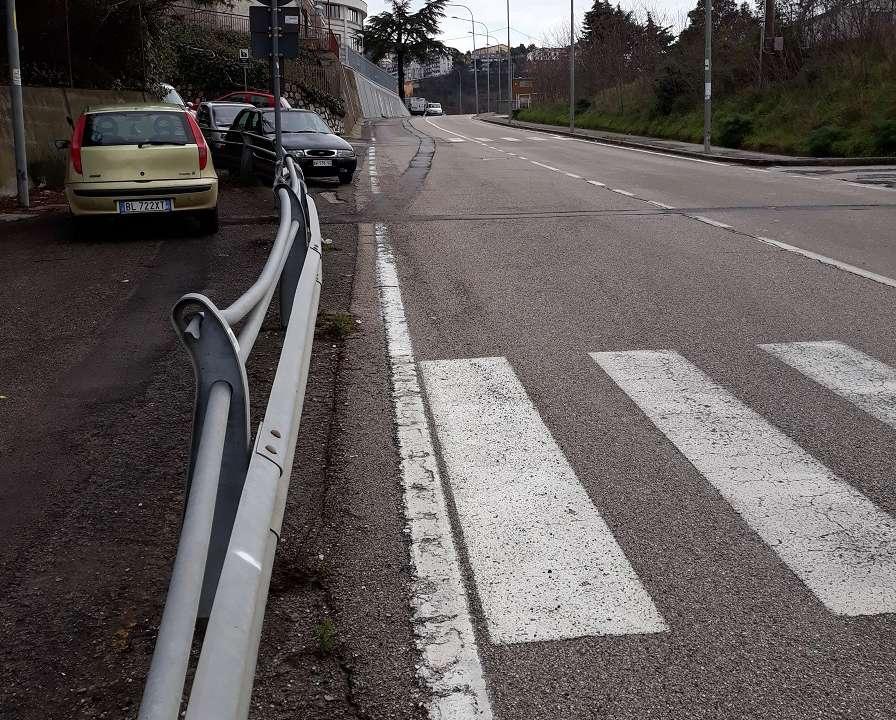 """Rifacimento strade di Ariano Irpino: spuntano le strisce """"Non pedonali"""""""