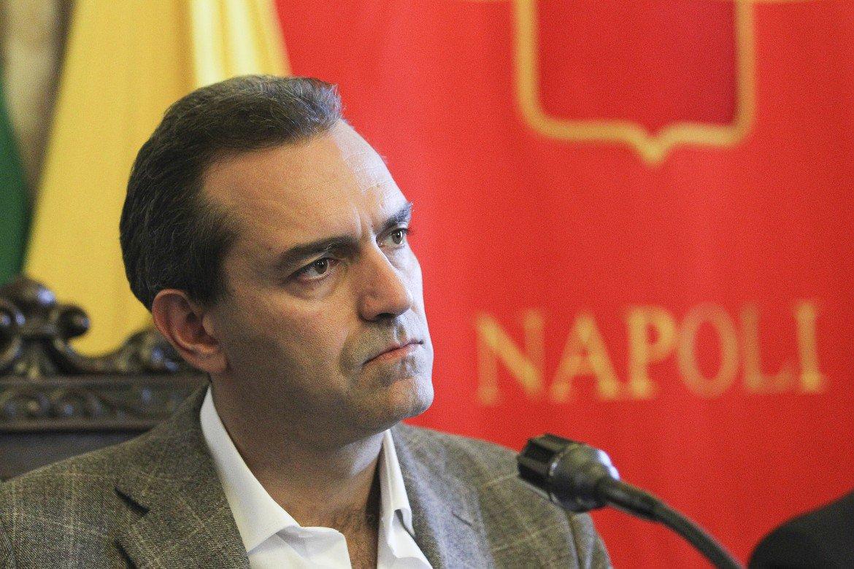Elezioni, de Magistris boccia gli uscenti napoletani: «Da loro solo danni per la città»