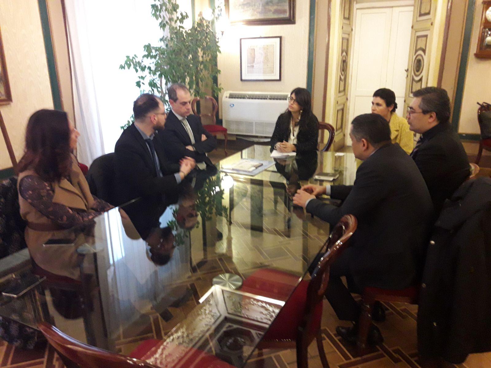 Napoli, delegazione italo-uzbeka incontra l'assessore Alessandra Sardu