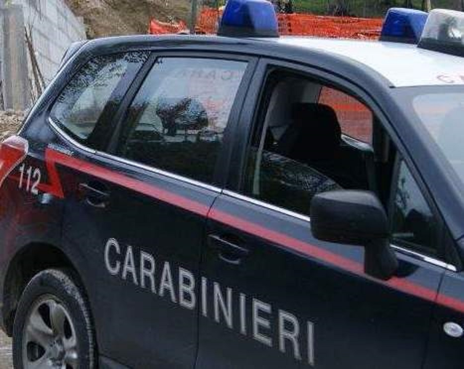Telese, rubano portafogli e prelevano mille euro: pregiudicati fermati dai Carabinieri