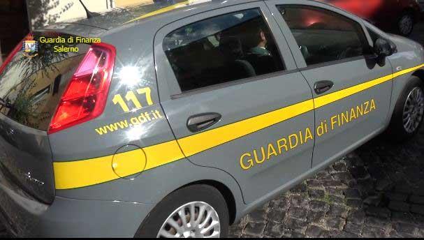 Gdf,  arrestati tre imprenditori di Caivano: rubavano energia elettrica