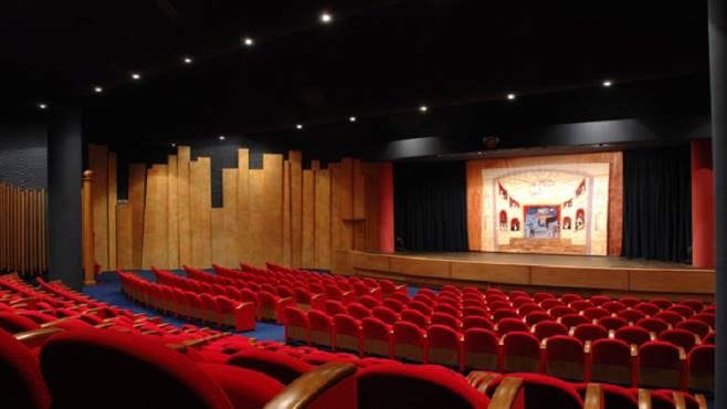 """Al teatro di Ateneo lo spettacolo """"Ritornanti"""" di Enzo Moscato"""
