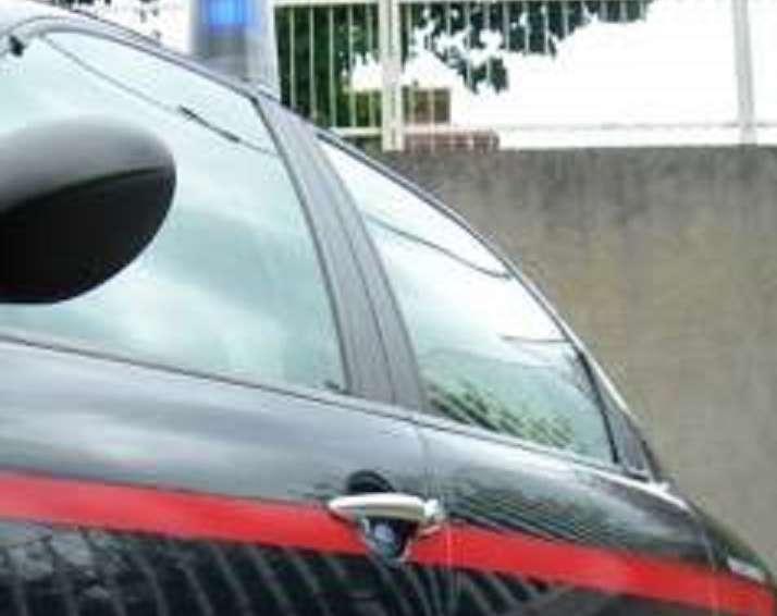 Beccato con la droga, 42enne arrestato dai carabinieri