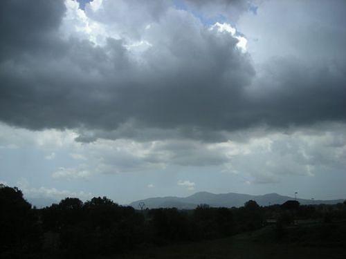 Vento forte in Campania, l'allerta meteo della Protezione Civile