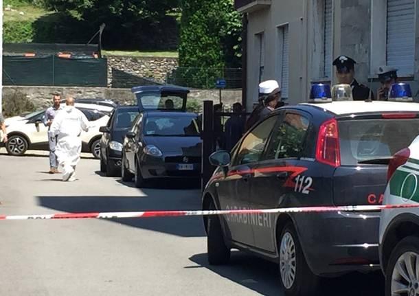 Due anziani morti in auto, ipotesi omicidio suicidio