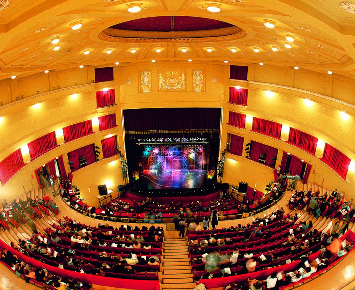 """Al Teatro Augusteo tutto pronto per il """"Carnival Show"""""""