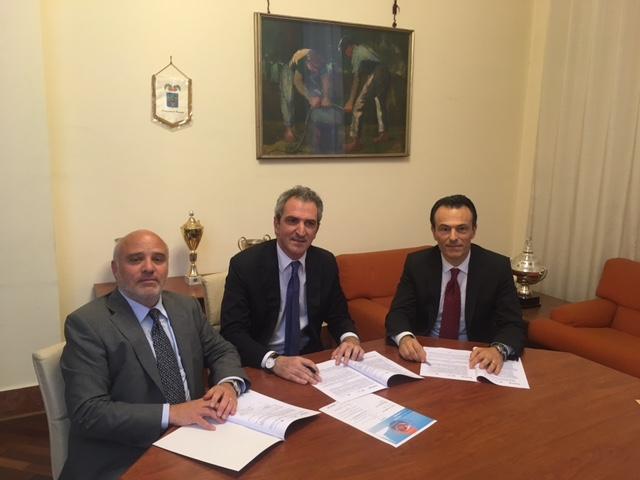 """Firmato a Caserta il """"Patto per la crescita della Campania"""""""