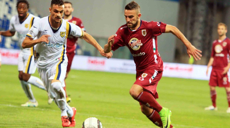 La Juve Stabia non va oltre il pari con la Reggiana: nel ritorno servirà vincere