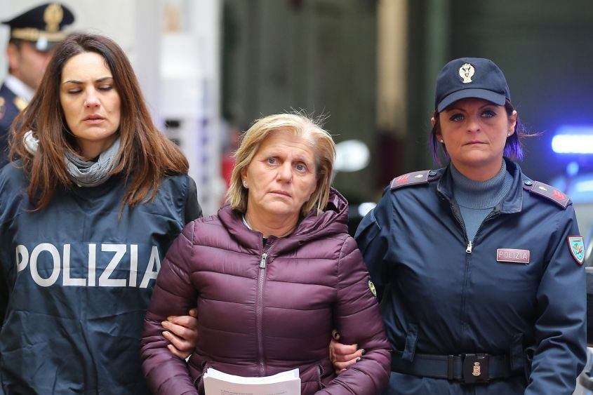 """Condannati gli scissionisti di """"zia"""" Rosaria: 176 anni di carcere"""