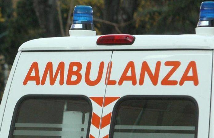 Telesina, colto da malore finisce sul guardrail: medico sannita ricoverato in gravi condizioni