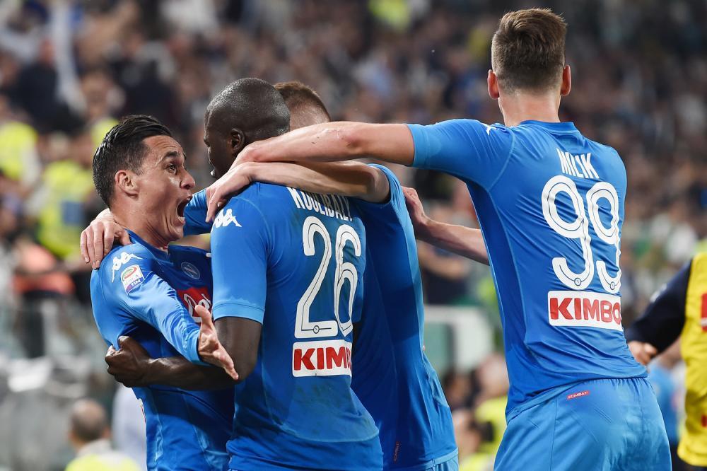 Calciomercato Napoli, preso Malcuit. Koulibaly rinnova 5 anni incontro per Ochoa