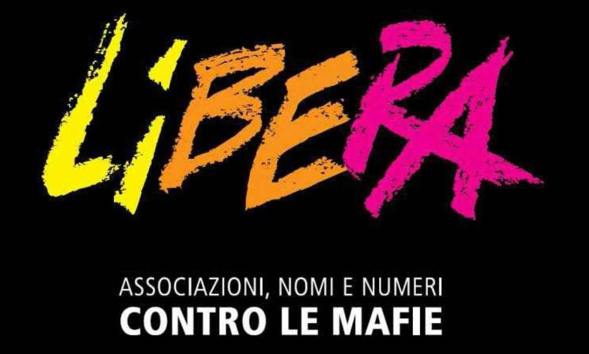 """Spari e auto incendiata a Bucciano, Libera: """"Facciamo fronte comune per la legalità"""""""