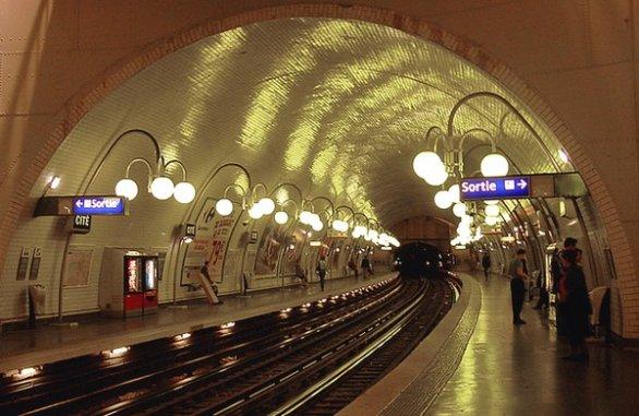 Nasce in metropolitana e per regalo riceve 25 anni di viaggi gratis