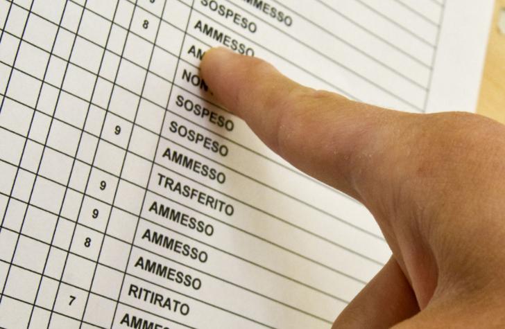 Quadri scolastici, nascondere i voti fa davvero bene agli studenti?